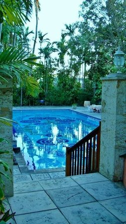 Graycliff Hotel: main pool
