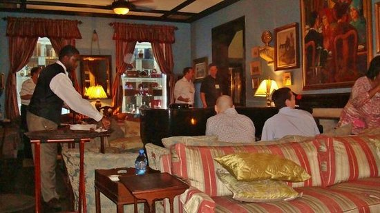 Graycliff Hotel: Our under-dressed group in the bar area