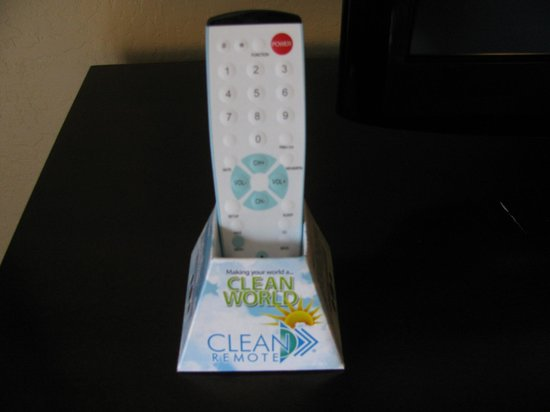 Best Western Seacliff Inn:                   Clean Remote! Great for a germaphobe like me. =)