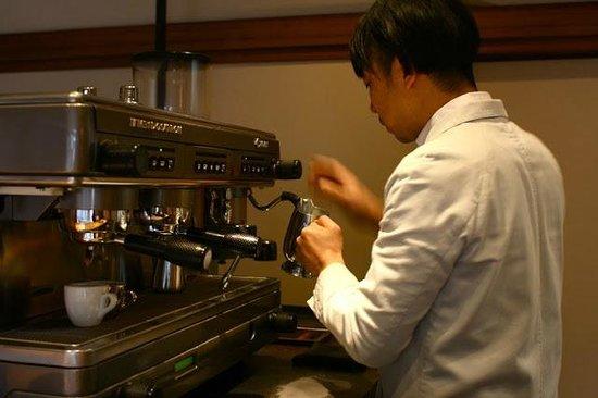 Omotesando Koffee: Owner and barista