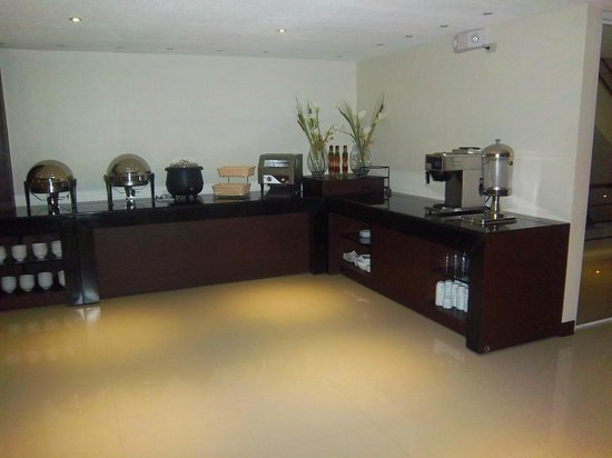 The Grande Suites:                   this is the breakfast buffet area.