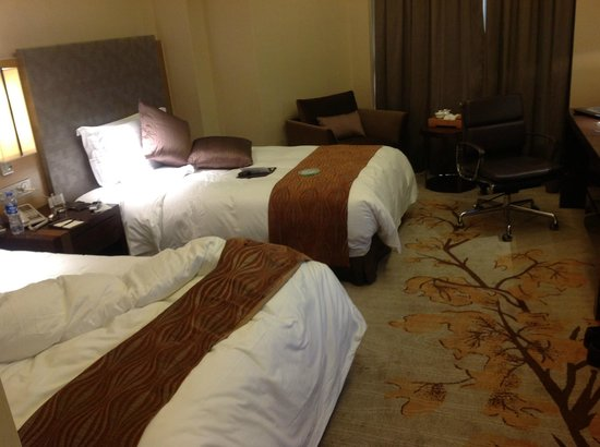 Hotel Nikko Xiamen :                                     le deux lits quand vous commandez une KING SIZE