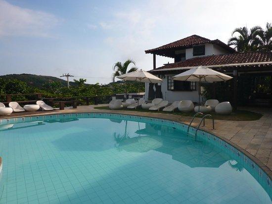 Buzios Arambare Hotel:                   Piscina