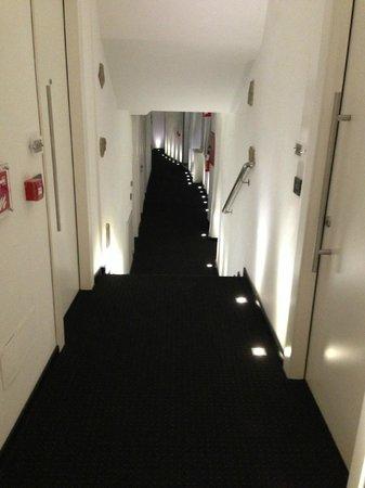 Urban Hotel Design: Hallway