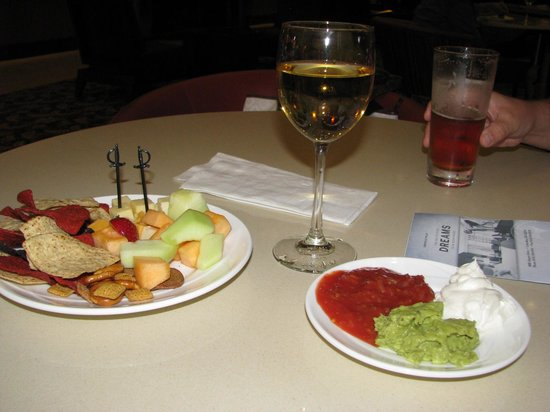 Embassy Suites by Hilton Columbus - Airport:                   Managers Reception, Ahhhhhh