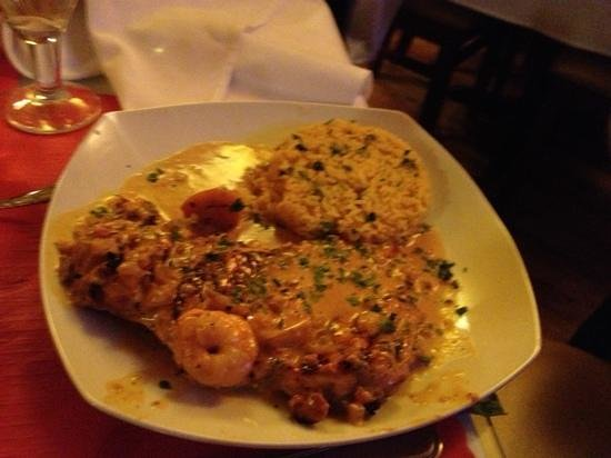 Espana Tapas Bar:                   The Chicken and shrimp in vodka sauce is to die for. Highly recommend it.