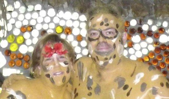 Maruba Resort Jungle Spa:                   Mood Mud Massage