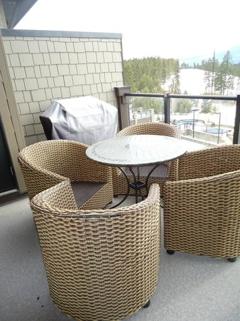 Copper Point Resort: Outdoor patio and bb