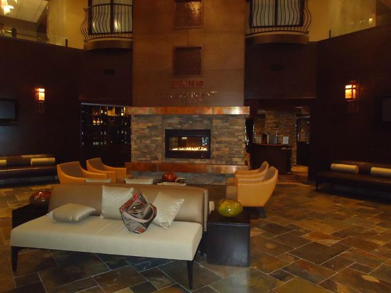Copper Point Resort: Lobby when you walk in