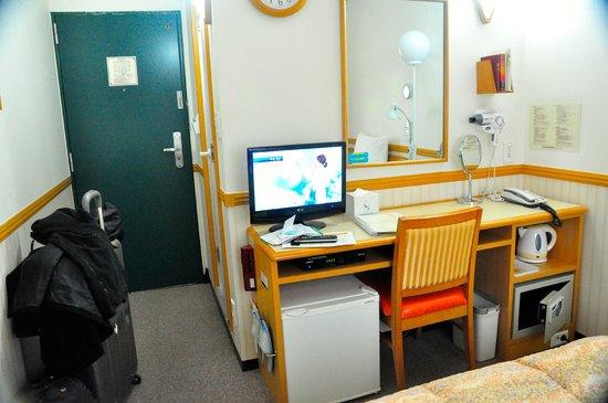 Toyoko Inn Seoul Dongdaemun :                   room 803
