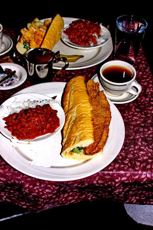 Lucile's Restaurant: Catfish Po' Boy plate and spicy hot tea