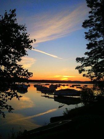 Maple Lane Resort: Sunsrise
