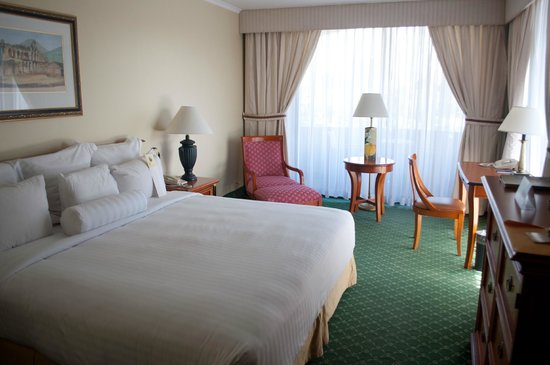 Barcelo Guatemala City: Nice spacious clean room