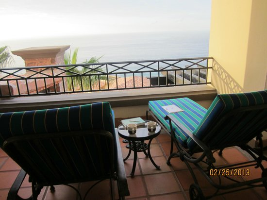 Pueblo Bonito Sunset Beach Golf & Spa Resort :                   Balcony