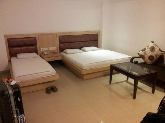 Hotel Krishna:                   One Kingsize bed and one small bed