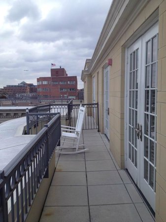 Kimpton Lorien Hotel & Spa:                   Awesome balcony