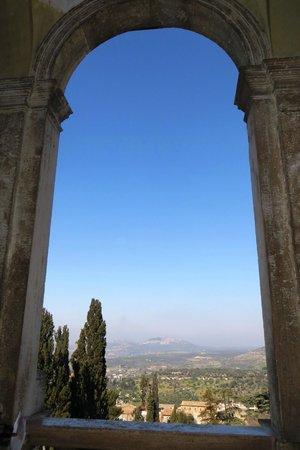 Appian Line Tours Rome :                   Villa d'Este - view
