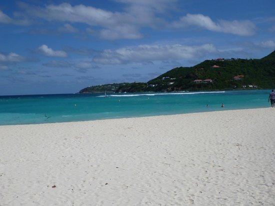 Tropical Hotel: St. Jean beach, just down the hill