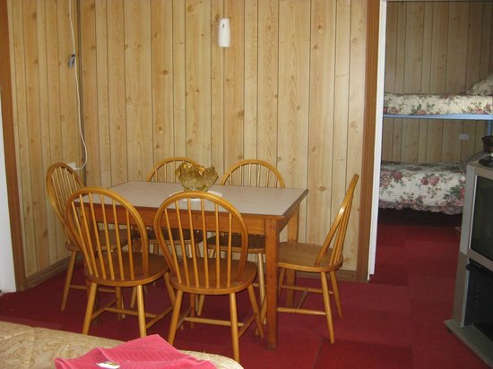 Mountain View Motel:                                     Dining area in family unit