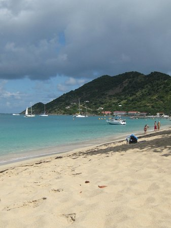 Alamanda Resort: Orient Bay beach