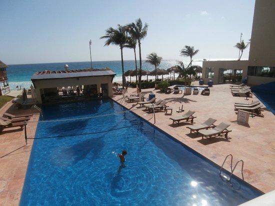 Club Regina Cancun:                   Vu de notre balcon