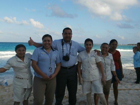 Club Regina Cancun:                   Voici tout ses beaux sourires du personnels