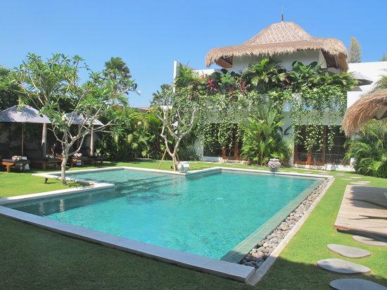 فيلا شوكولا: 6 bedroom villas