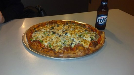 J J's Pizza: Pizza