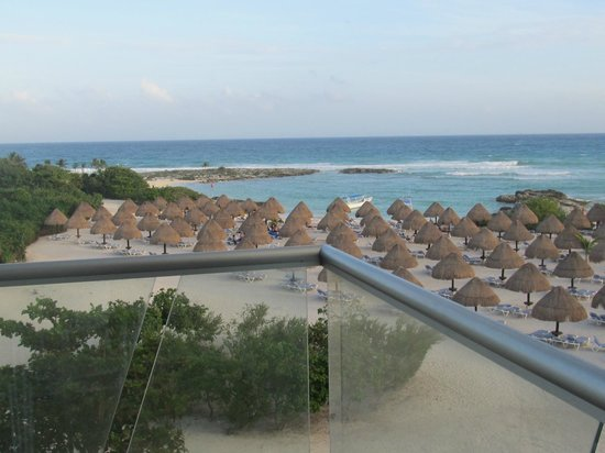 Grand Sirenis Mayan Beach Resort & Spa:                   view from our room