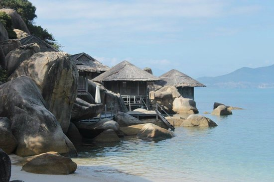 Six Senses Ninh Van Bay:                   Rock Villas