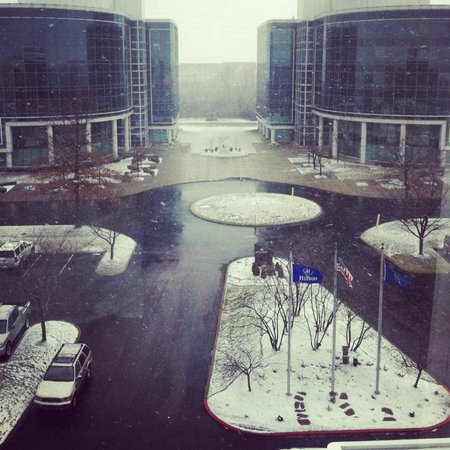 Hilton Lexington Suites: View of the Snow from 617