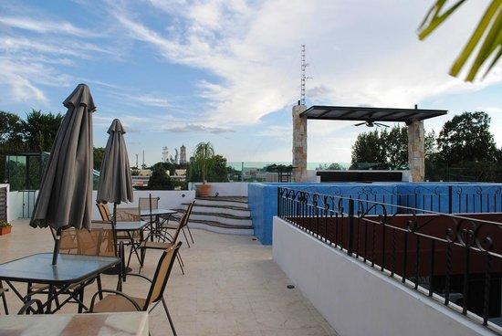 hotel colonial la aurora:                   Nueva Terraza