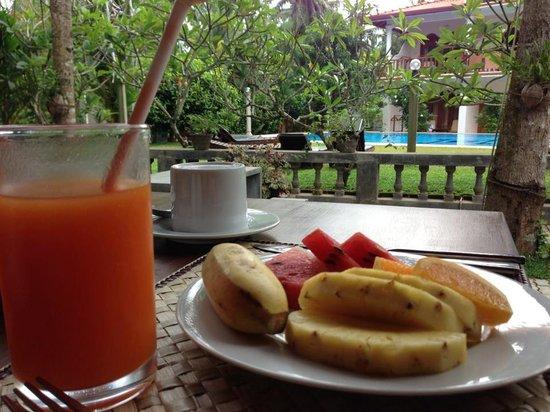 Panchi Villa:                   朝食