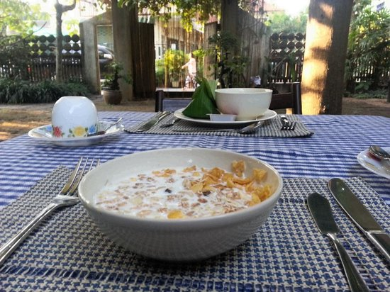 Baan Hanibah:                                     breakfast is served