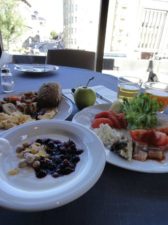 Original Sokos Hotel Presidentti:                   朝食。たっぷりヨーグルト