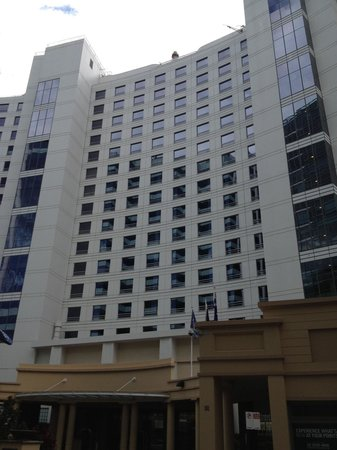 Four Points by Sheraton Sydney, Darling Harbour:                                                       Street frontage