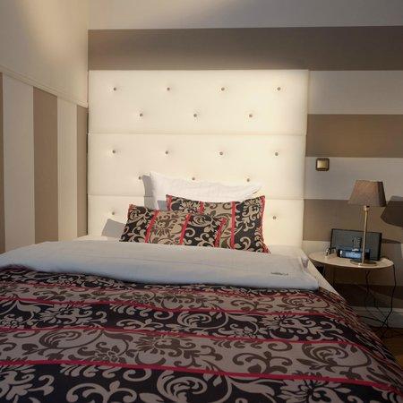 m zimmer franz siches bett f r 1 2 personen foto di. Black Bedroom Furniture Sets. Home Design Ideas