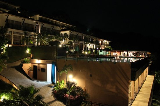 Mantra Samui Resort:                   Night view