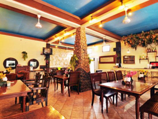 Jesen's Inn 1 Bar and Restaurant: Restaurant