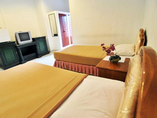 Jesen's Inn 1 Bar and Restaurant: room interior