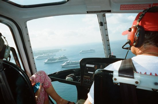 Cayman Islands Helicopters:                   View from inside behind pilot. Best view in front!