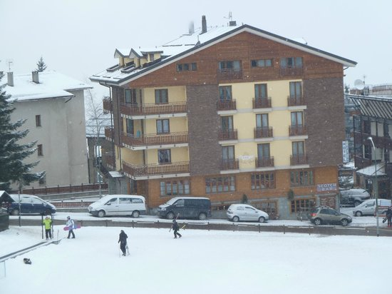 Hotel Stella Alpina:                   Stella Alpina