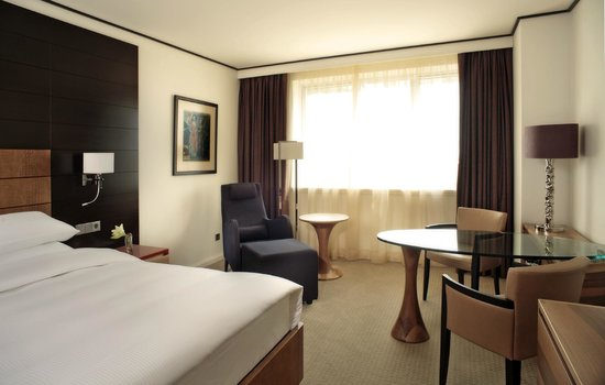 Hyatt Regency Kiev: King room