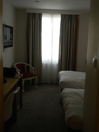 Park International Hotel:                   la camera