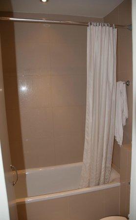 Caring Hotel:                                                       baignoire