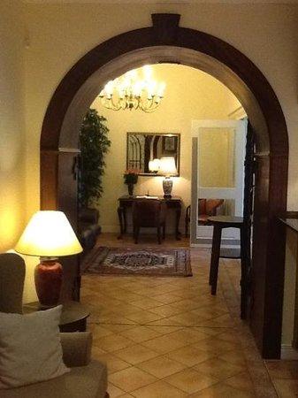 Hotel Eberwein:                   Enterance Lobby