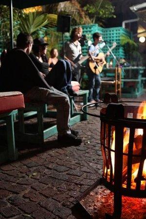 Cocomo Restaurant: Live entertainment every Thursday to Sunday nights