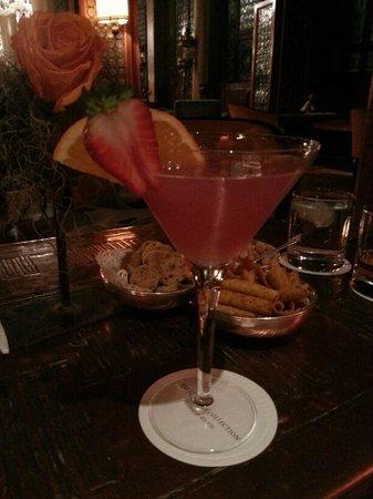Bar Dandolo:                   cosmopolitan