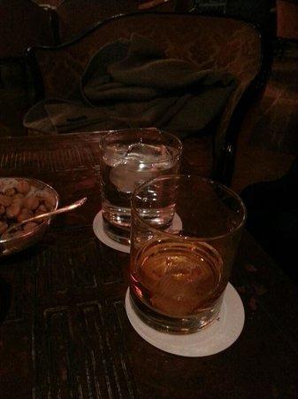 Bar Dandolo:                   whisky