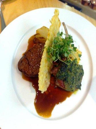 Qunu Restaurant:                                     Fine Dining at the Saxon